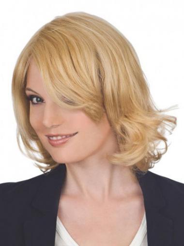 Blonde Layered Wavy Durable Medium Wigs