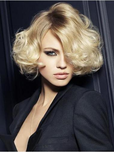 Wavy Blonde Layered Amazing Short Wigs